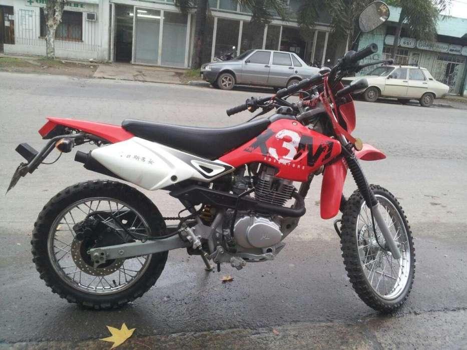 Vendo O Permuto Motomel X3m 2012