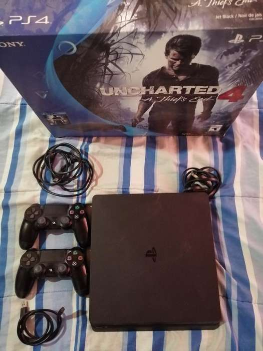 Vendo Ps4 Slim 500gb 2joystick 10juegos
