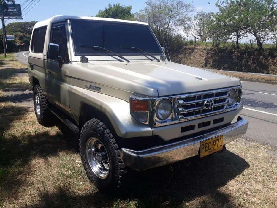 Toyota Land Cruiser 1993 - 280000 km