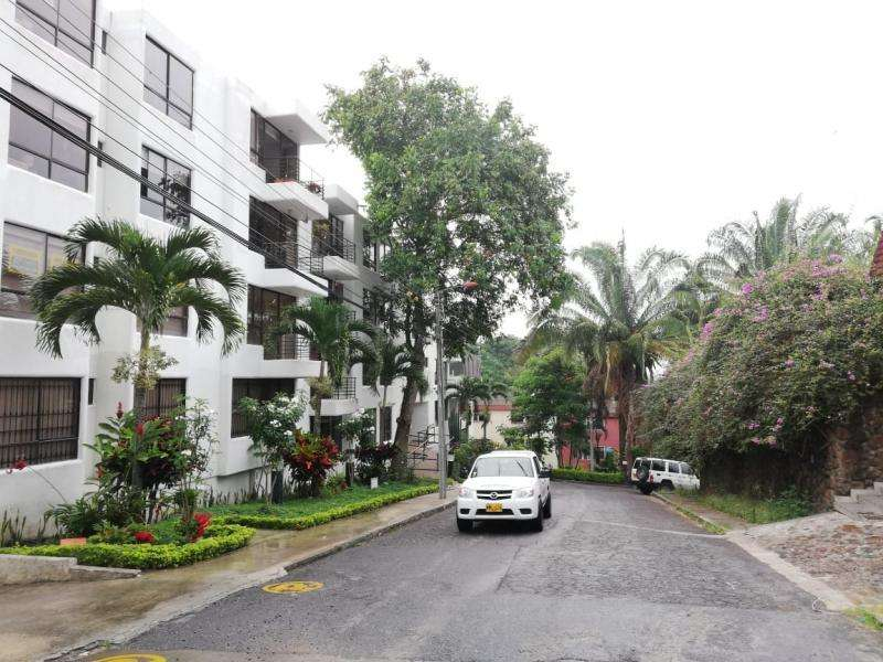 Cod. ABPAI11208 <strong>apartamento</strong> En Arriendo/venta En Ibague Edificio Santa Helena Piso 2 Sin Ascensor