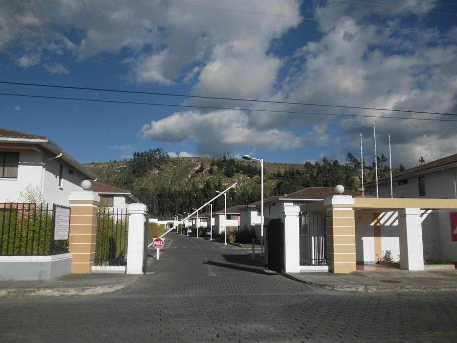 ARRIENDO en Zona de Seguridad Locoa conjunto Campo Alegre