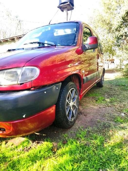 Peugeot Partner 2002 - 234000 km
