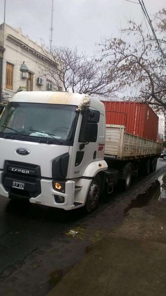 Ford Cargo 1932 2015