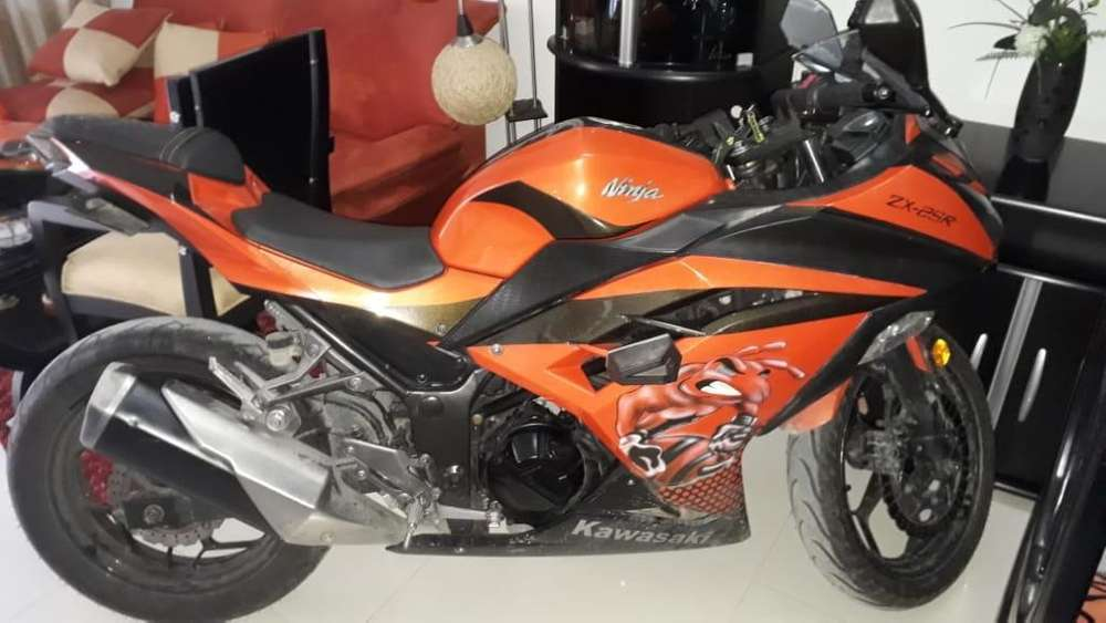 Se Vende Kawasaki Ninja 250cc