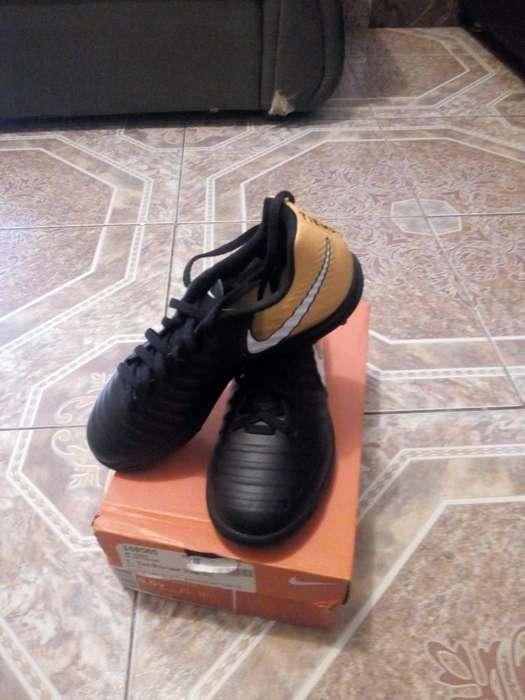 Guayos Sintetica Nike Talla 36