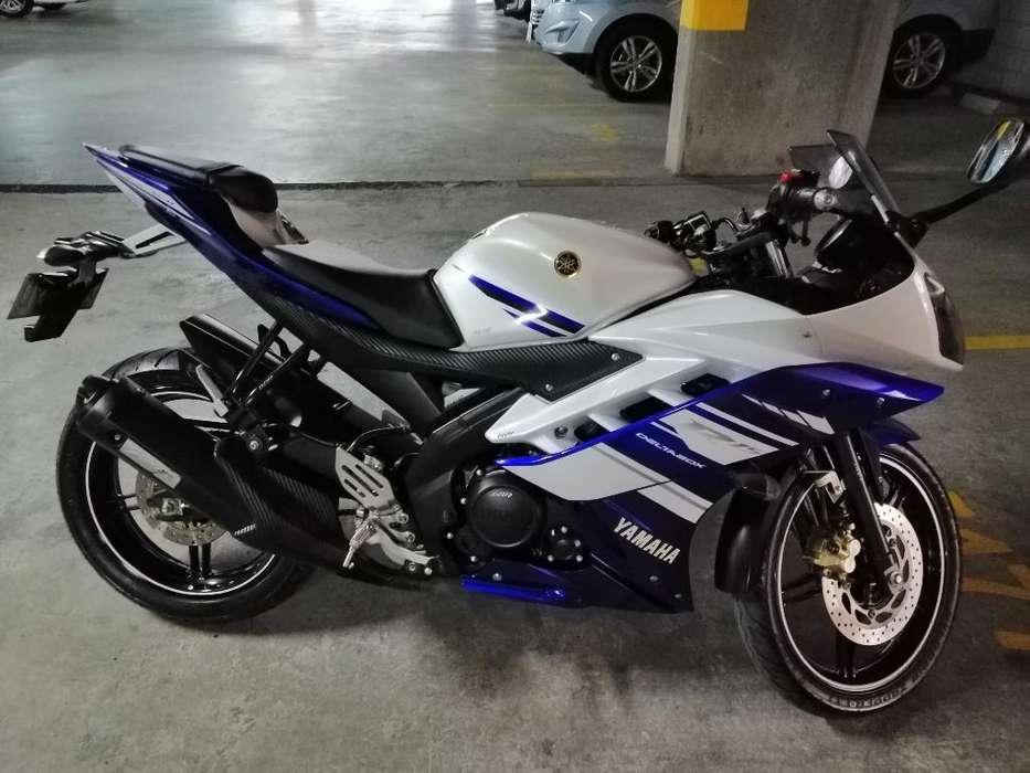 Moto R15 Como <strong>nueva</strong>