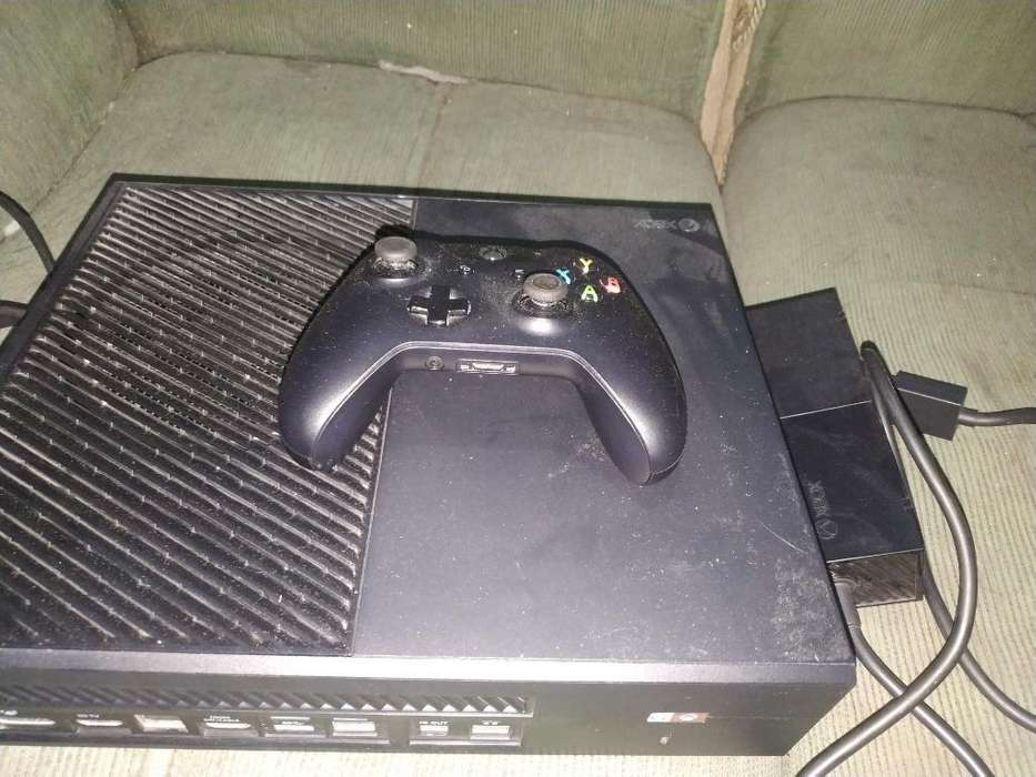 Xbox One 500 Gb poco uso