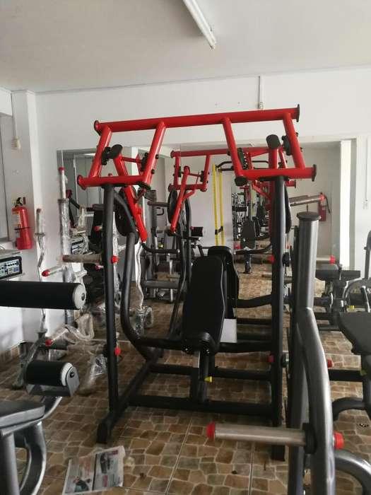 Equipos de gimnasio de fuerza nuevas