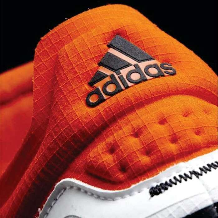 Corte de logos en vinilo Textil para zapatos deportivos