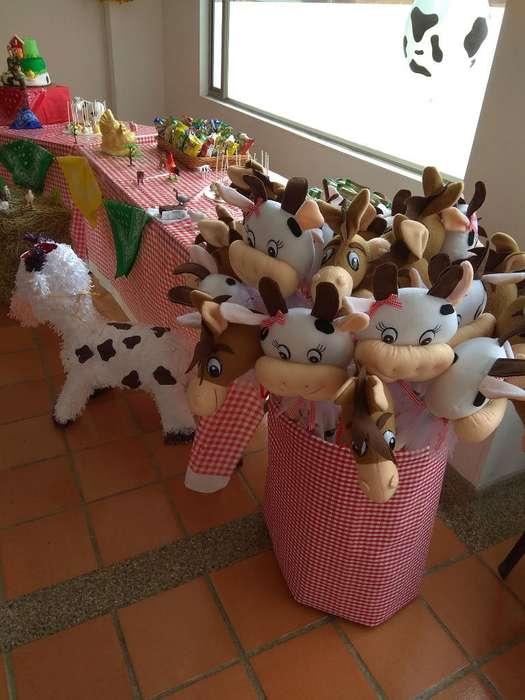 Caballitos de Palo Animales de La Granja