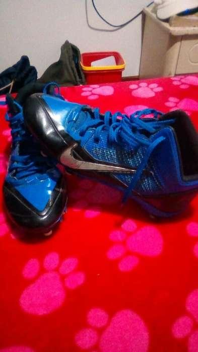 Guayos Nike Alpha Pro Talla 38