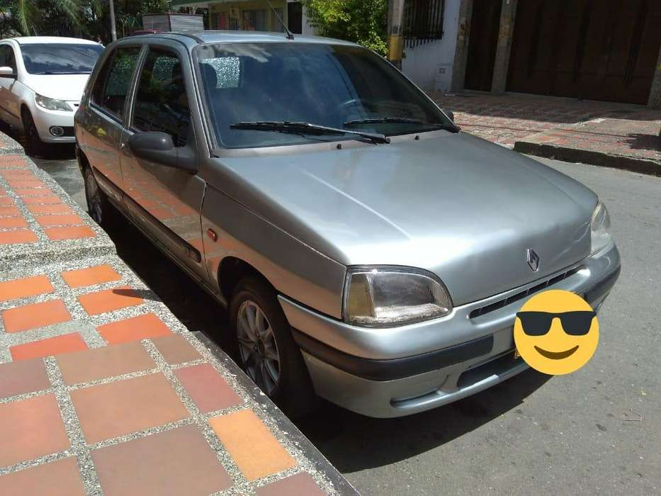 Renault Clio  1998 - 199000 km