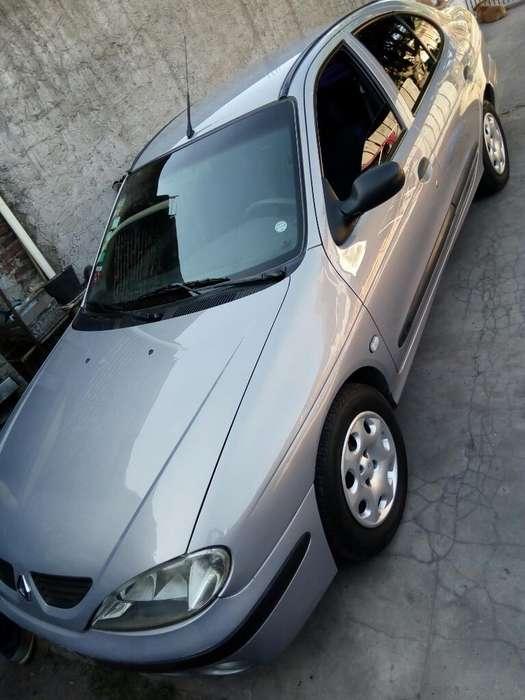 Renault Megane  2006 - 185 km