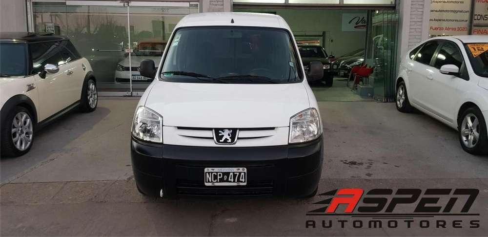 Peugeot Partner 2013 - 120000 km