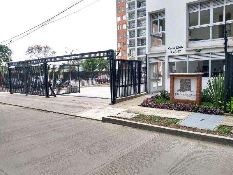 Apartamento En Arriendo En Cali Prados Del Norte Cod. ABUNI9474