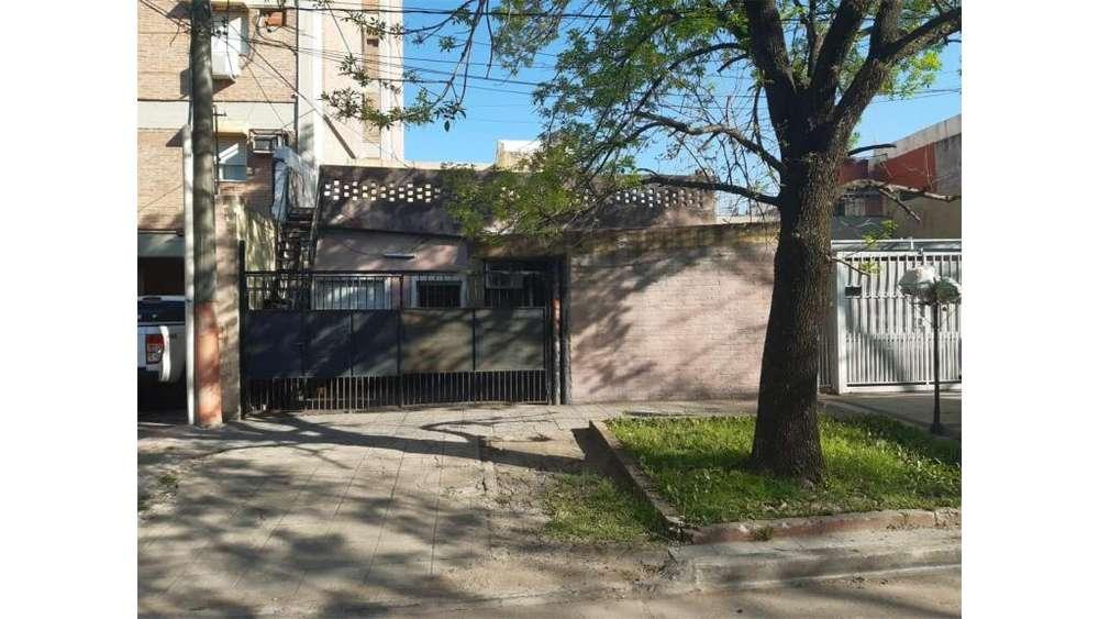 Arturo Frondizi 800 - UD 110.000 - Casa en Venta