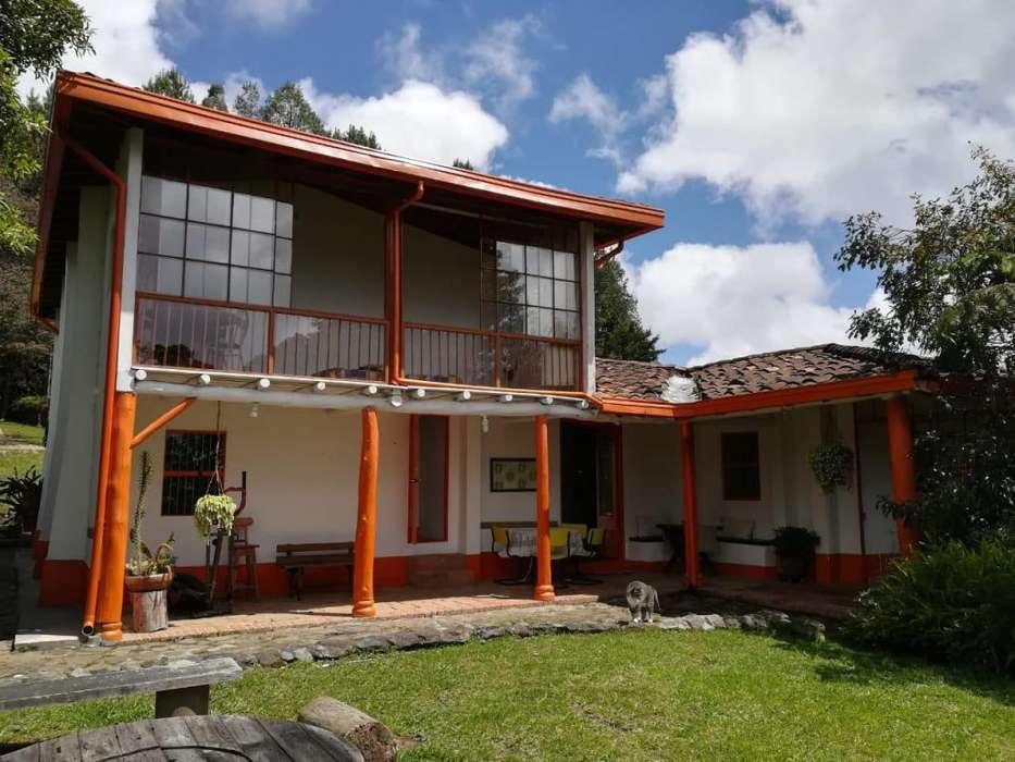 Hermoso aparta estudio en Santa Elena