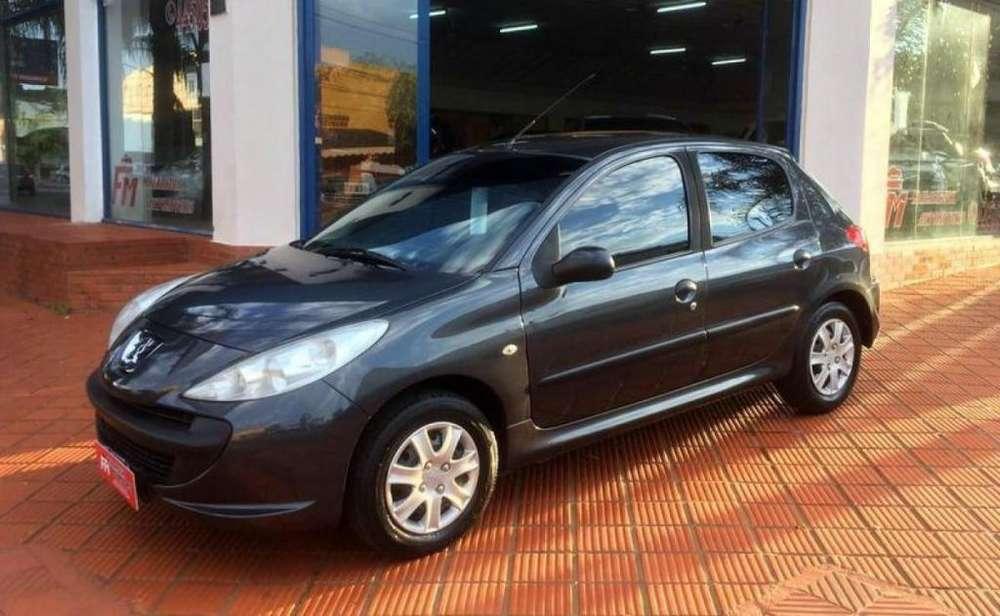 Peugeot 207 Compact 2011 - 122000 km
