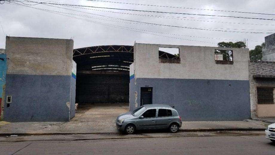 Industria en alquiler en Villa Dominico