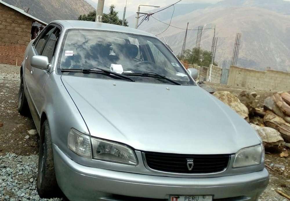 Toyota Corolla 1999 - 21700 km