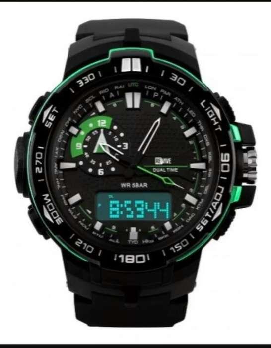 Reloj Revive Negro con Verde
