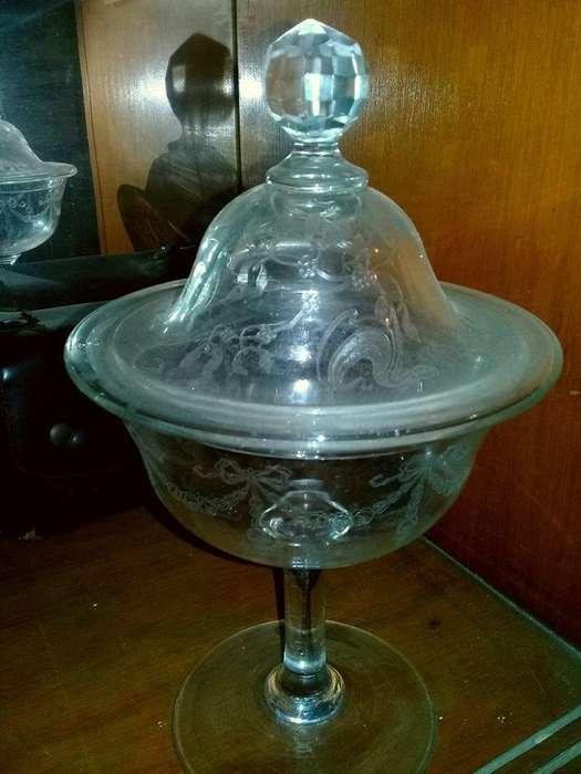 Caramelera de cristal biselado