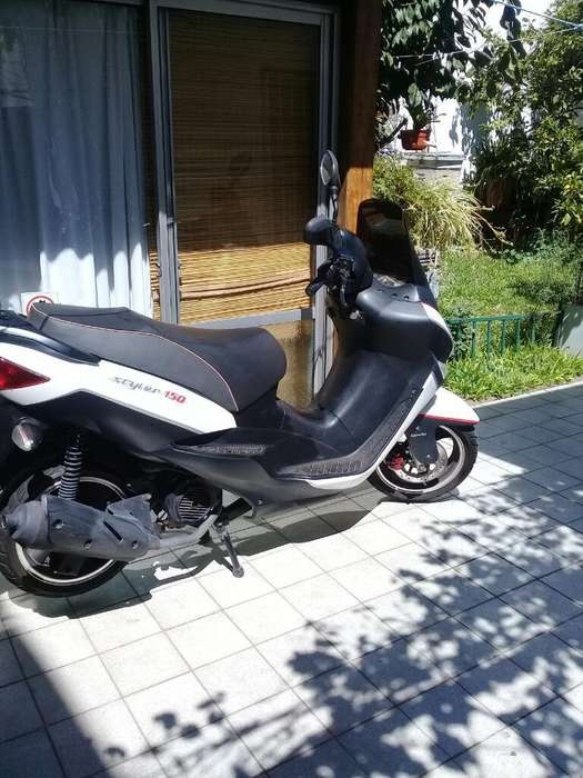 <strong>scooter</strong> Zanella 150 Styler -