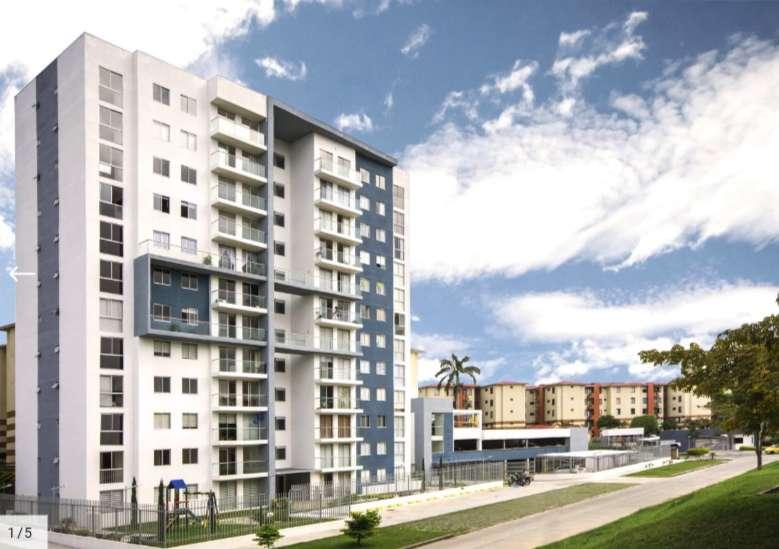 Se renta amplio <strong>apartamento</strong> en Torre Bela, por coliseo del cafe, 3 habitaciones, 2 baños, muy amplio.