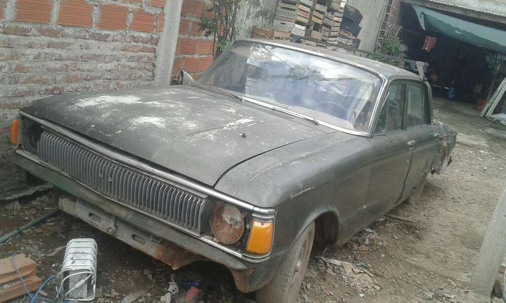 Ford Falcon 1979 - 123456 km