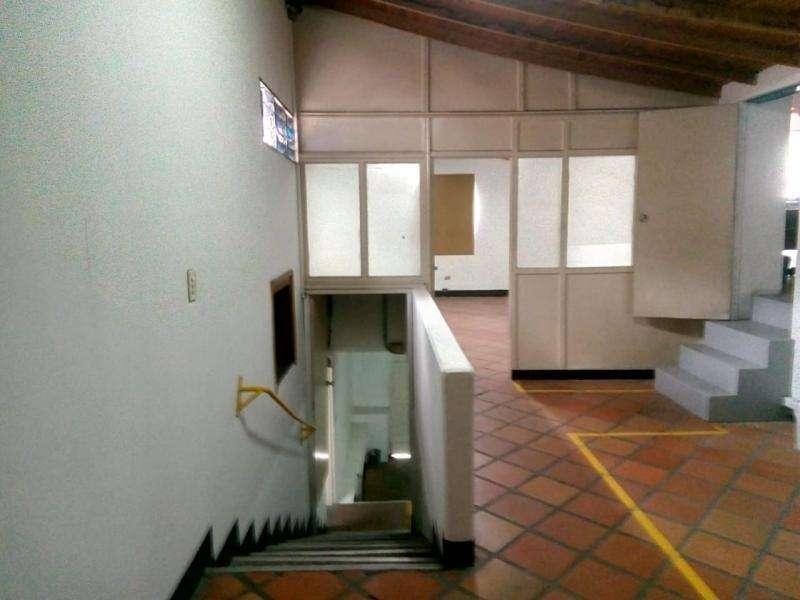 Casa-<strong>local</strong> En Arriendo En Medellin Laureles Cod. ABMER205269