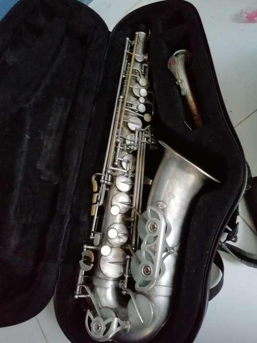Saxofon Alto Yanagisawa A6