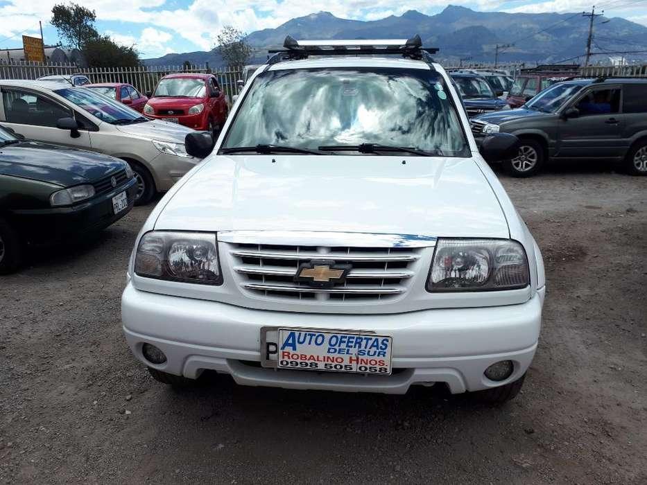 Chevrolet Grand Vitara 2013 - 140000 km
