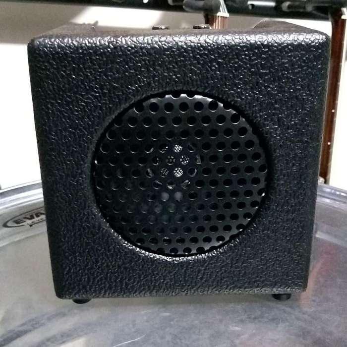 Amplificador Para Guitarra Belcat CM - 4