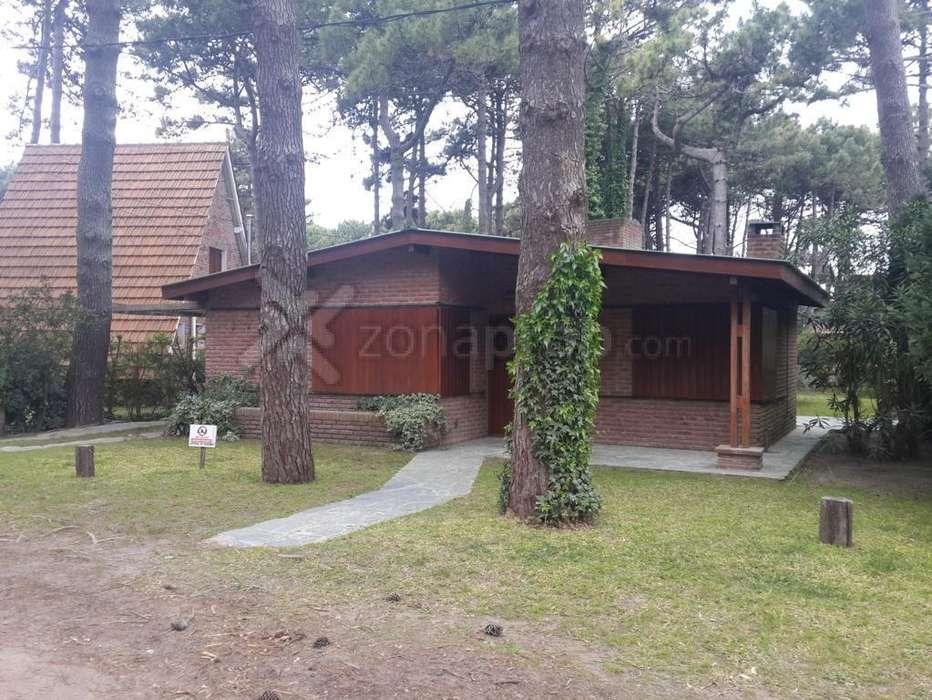 Alquiler temporario Casa 4 ambientes con dependencia de servicio Pinamar Norte