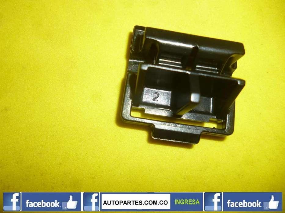Clip pin moldura bocel techo capota <strong>chevrolet</strong> CORSA CHEVY C2 1996 2009 CELULAR: 3108848841