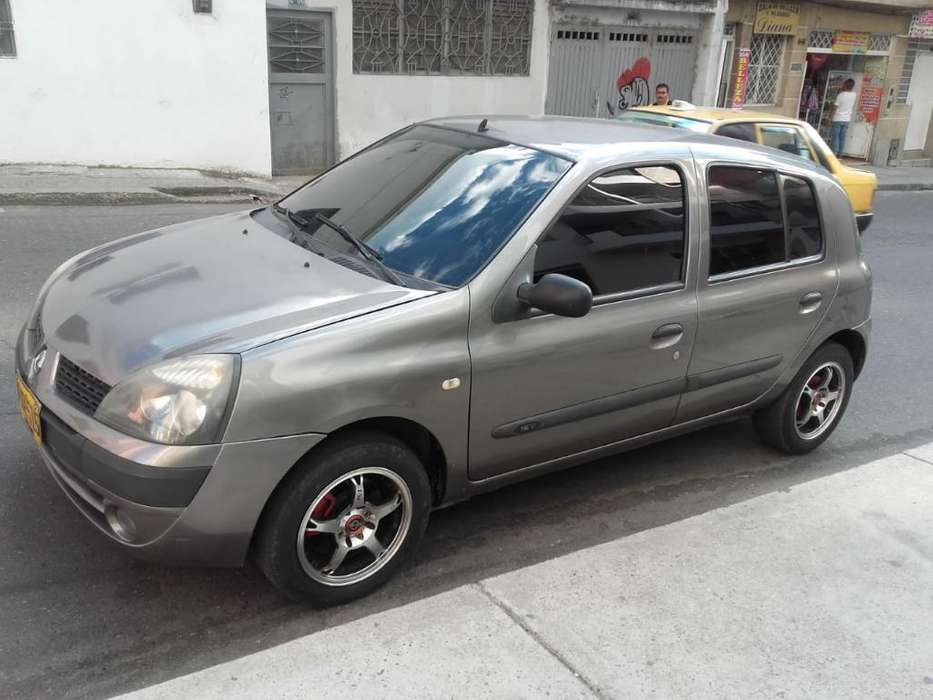 <strong>renault</strong> Clio  2005 - 60000 km