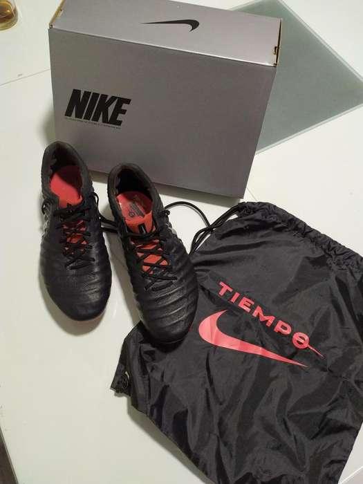 Botines Nike Legend 7