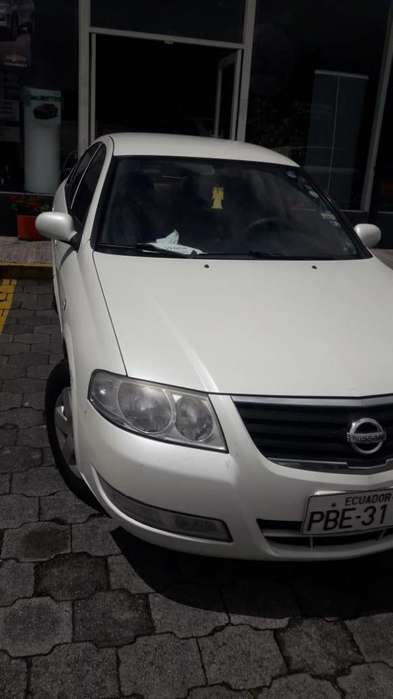 Nissan Almera  2009 - 235000 km
