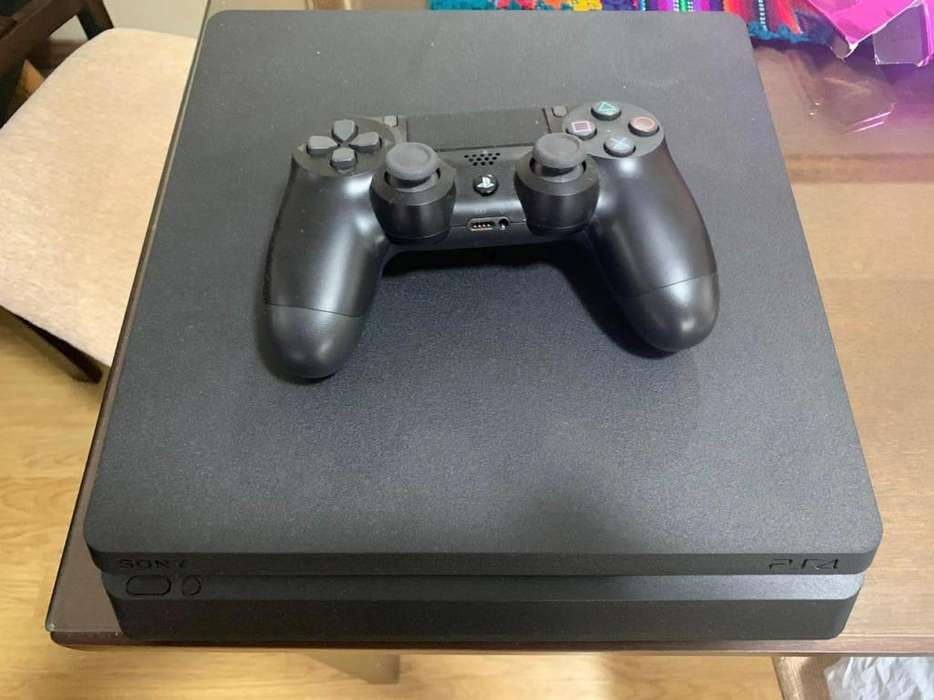 Play station 4 1t