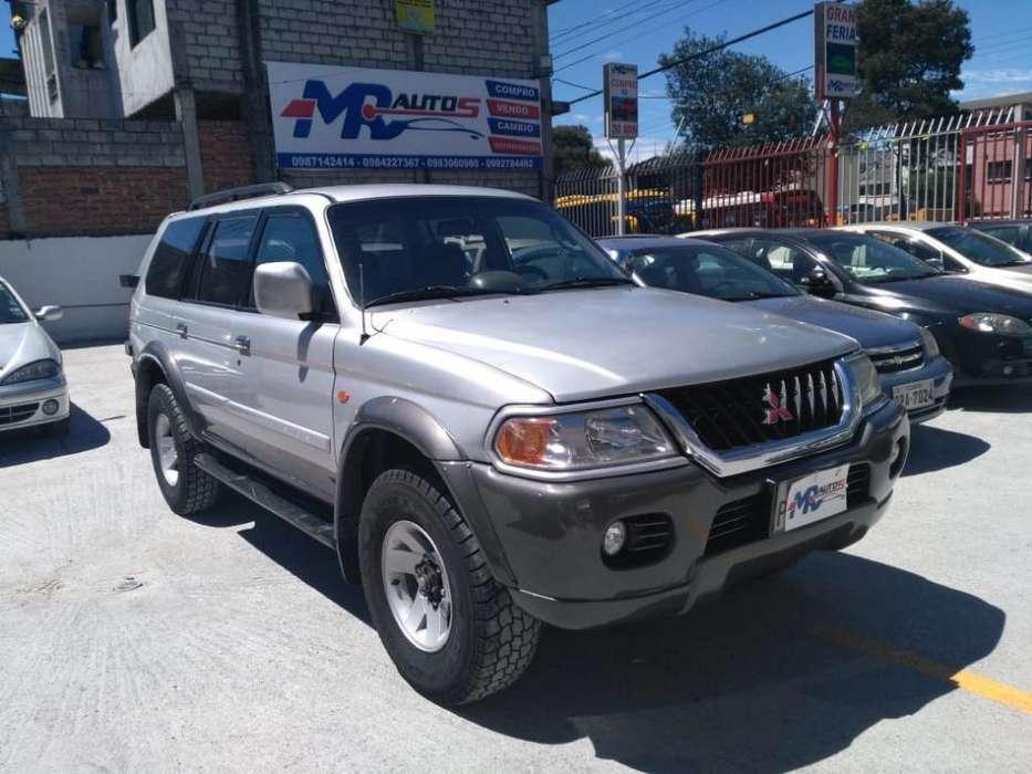 Mitsubishi Montero 2003 - 135000 km