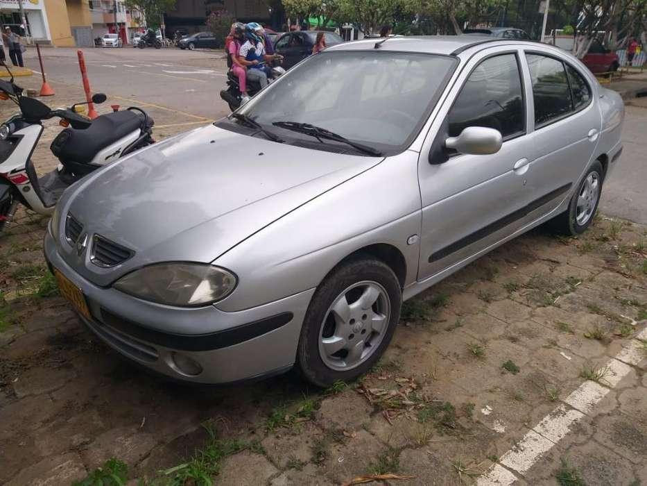 Renault Megane  2002 - 0 km