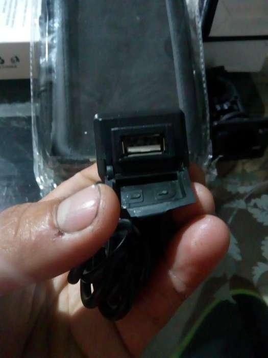 Cargador Esruche para Moto 3133600955