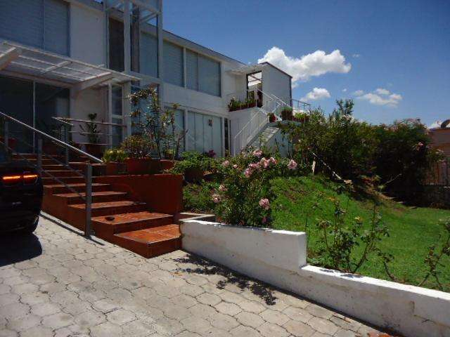 Arriendo/Habitaciones Amobladas/ sector Scala shopping/Cumbaya