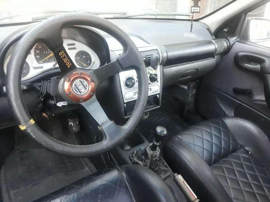 Chevrolet Corsa 1998 - 158 km