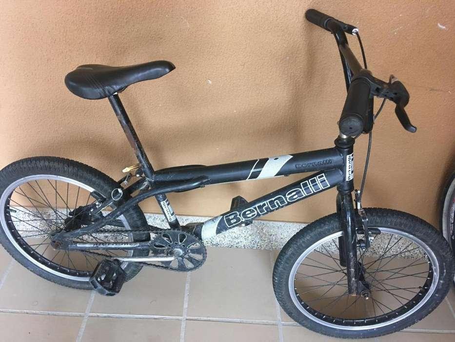 Vendo bicicleta Bernalli