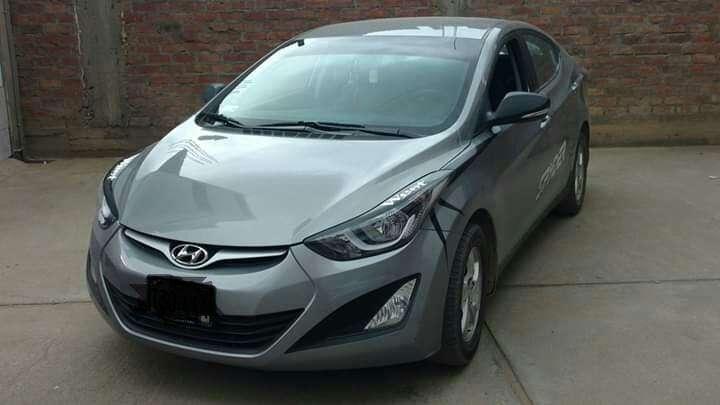 Hyundai Elantra 2014 - 130000 km