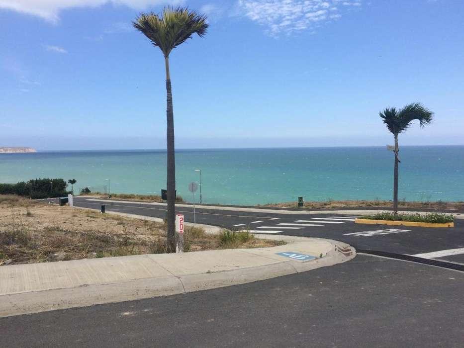 Terreno de venta en Marina Blue