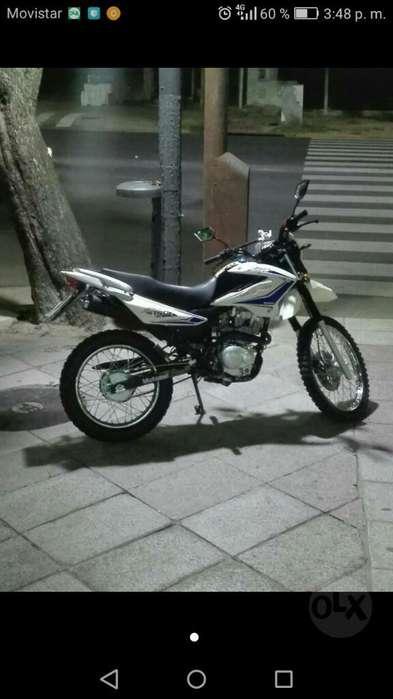 Moto Skua V6 150 7000km