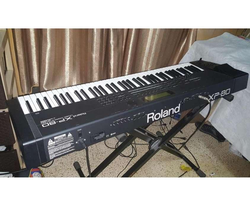 Expectacular Teclado Roland XP-80 76 Teclas, Flamante, Japones, profesional casi no lo he usado