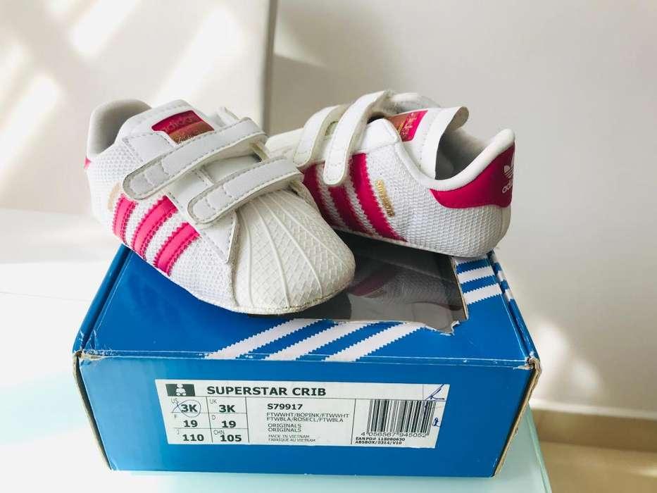 Se vende zapatos de bebe